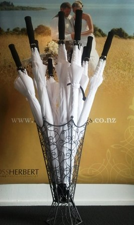Umbrella & holder - set of 10