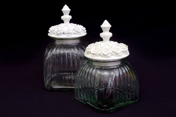 Ribbed glass jar with ceramic lid - set of 3