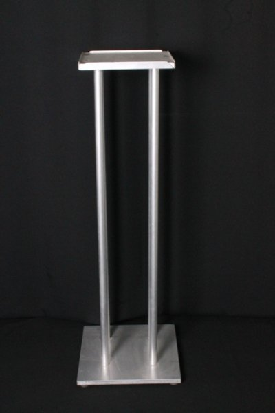 Plinth, coloumn large - silver