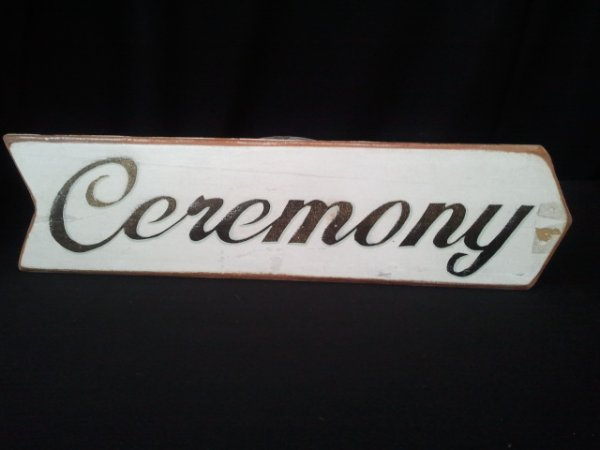 Ceremony sign, left pointing