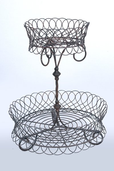 Basket, wrought iron 2 tier - brown