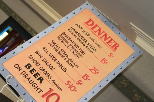 Diner menu , coreflute