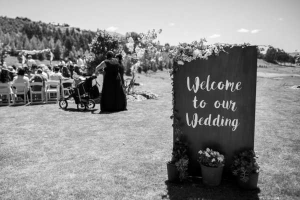 Sign - Welcome to our wedding (freestanding)